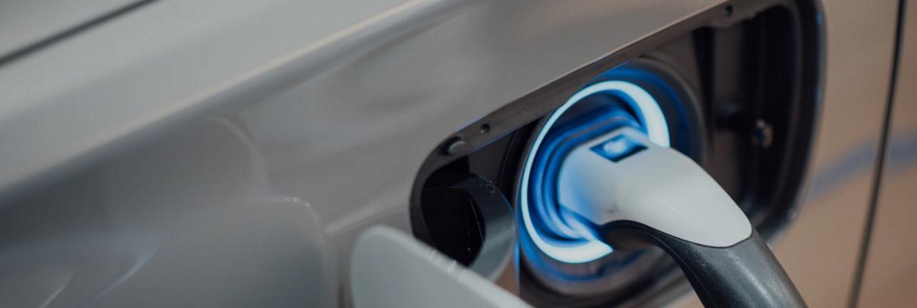 Kable do ładowania aut elektrycznych - łatwe ładowanie samochodu elektrycznego