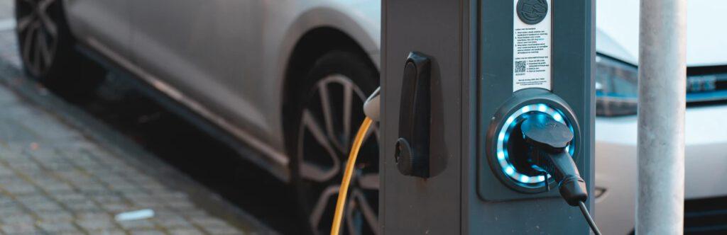 Jakie są rodzaje kabli do ładowania samochodów elektrycznych?